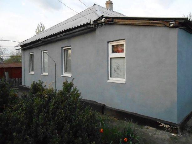 Продам газифицированный дом в г. Снежное