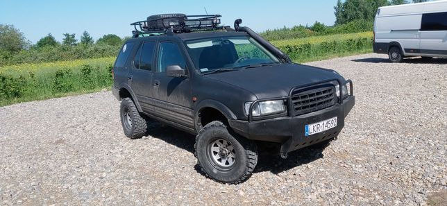Opel frontera b 2.2tdi (patrol vitara padzero)