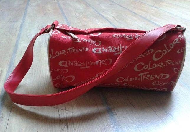Czerwona torba torebka kosmetyczka COLOR TREND Avon
