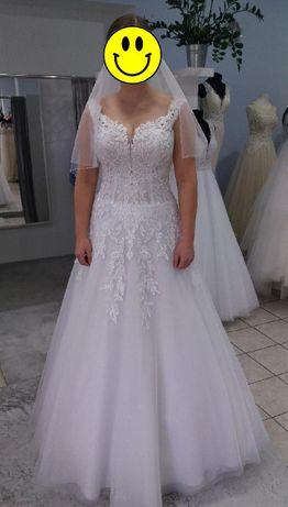 Suknia ślubna biala roz 40