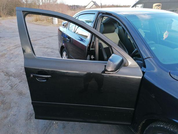 Skoda Octavia II drzwi prawe przednie kompletne lakier 9910