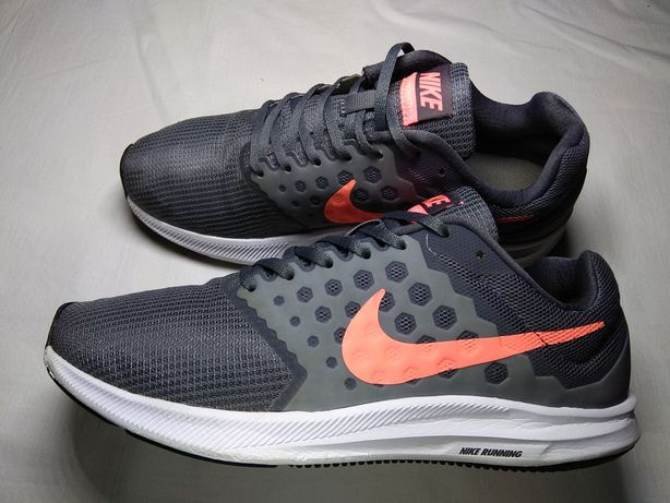 Кроссовки Nike Running.
