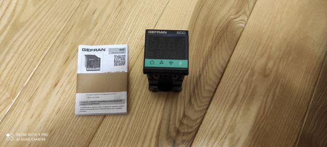 Регулятор температури gefran 600-r-d-0-0-0