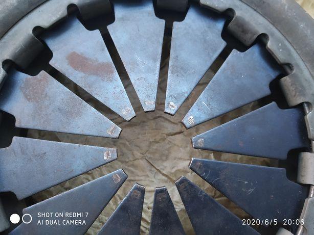 Корзина сцепления ваз 2110,11,12,приора