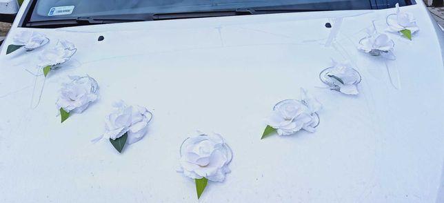Kwiatki/ozdoby na auto
