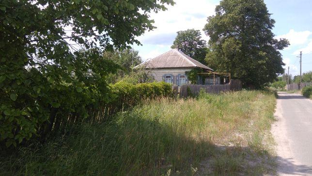 Продам дом в Жукине в центре села