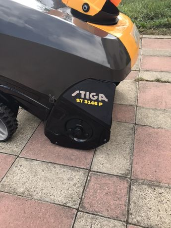 Снігоуборочна машина Stiga