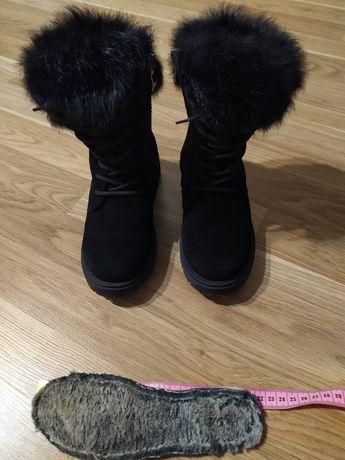 Продам зимние сапоги ботинки детские