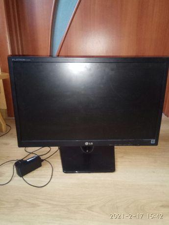 Монітор до комп'ютера  LG FLATRON E2242