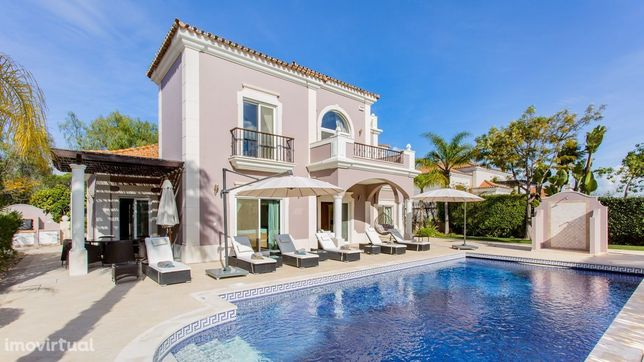 Moradia V4 próxima da praia | 4 Bedroom Villa near the beach