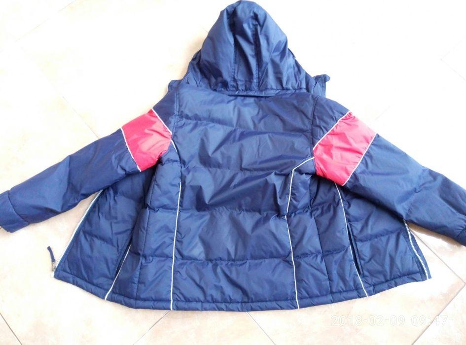 продам підліткову куртку розмір 152. весна-осінь