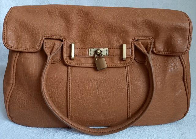 Brązowy kuferek / torebka