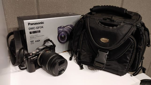 Aparat Panasonic Lumix GF3 z wymienną optyką - komplet