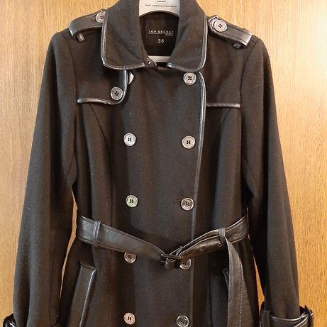Płaszcz czarny jesienny