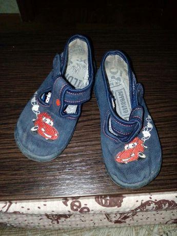 Тапочки мокасины кеды кроссовки