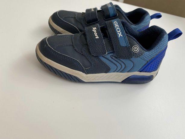 Buty chłopięce GEOX rozmiar 29 stan idealny