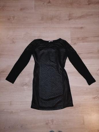 Czarna sukienka pikowana eko skóra rozm. S