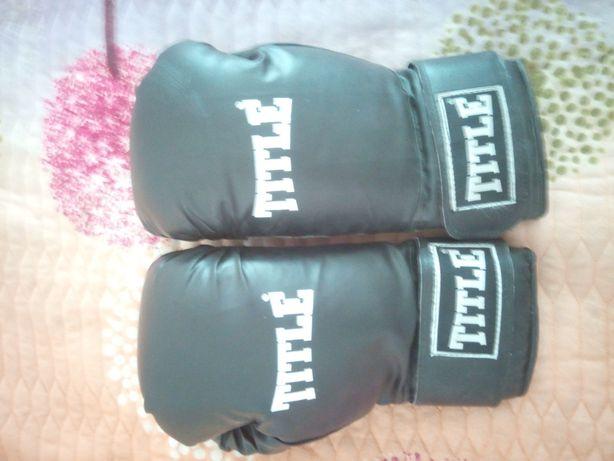 Перчатки для бокса, карате, тхэквондо