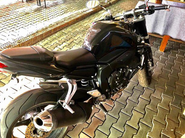 Yamaha FZ1. Yamaha FZ1000. 2010
