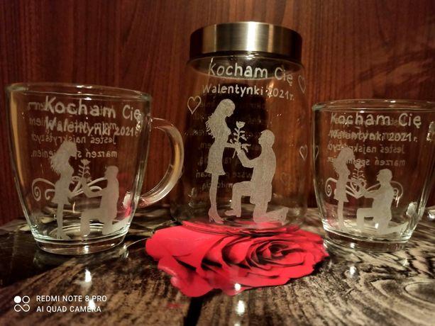 Zestaw walentynkowy słoik na kawę i 2 szklanki prezent - Walentynki