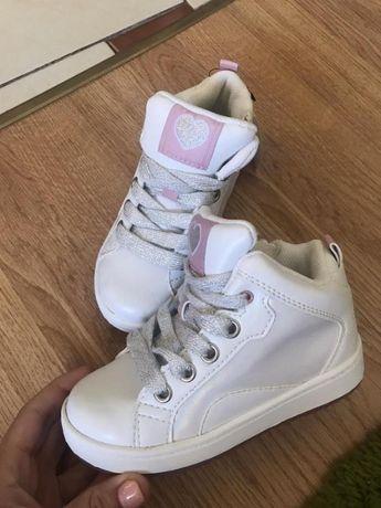 Кроссовки Ботики новые H&M 26р.белые