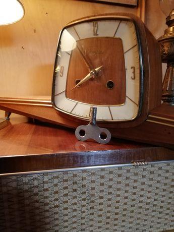 Stary zegar kominkowy