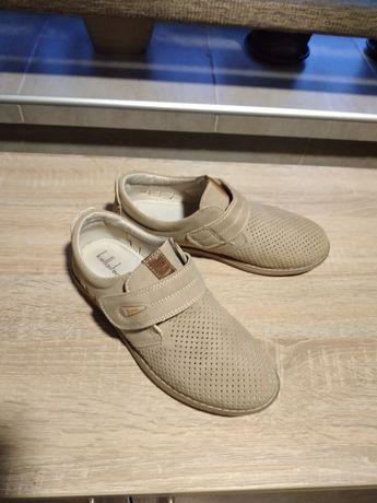 Продам диттяче взуття в ідеальному стані
