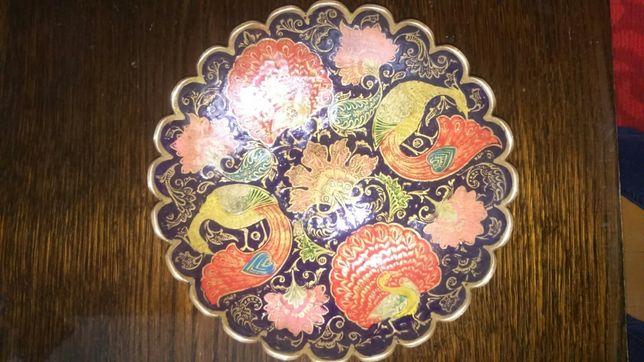 Бронзовая тарелка