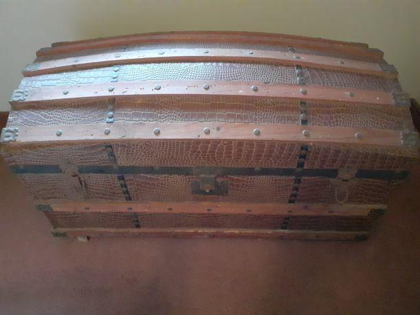Baú/arca antiga  Vintage