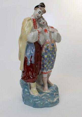 Майська ніч, козак з дівчиною (статуетка, форфор)