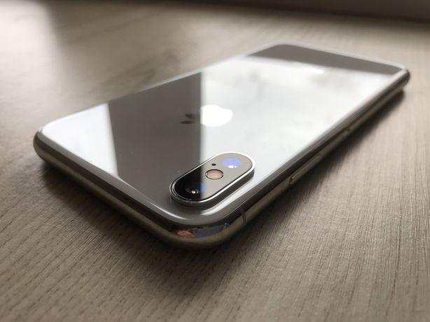 Продам iPhone X 64 gb.