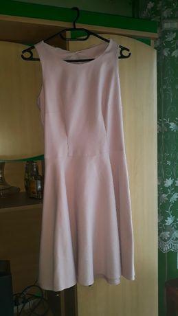 sukienka Mohito, sukienka pudrowy róż, elegancka sukienka