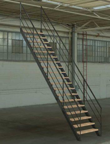 Лестница 2.9 х 3.6. Производство и монтаж металлоконструкций.
