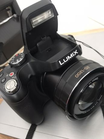 Aparat cyfrowy Panasonic Lumix DMC-FZ72 - ultra zoom 60x