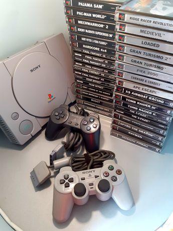 Consola PlayStation/PS1 com jogos (Crash, Final Fantasy, Tomb Raider)