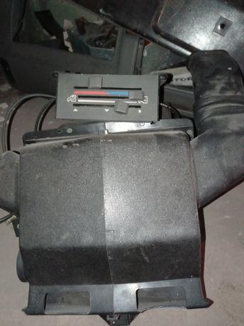 ФОРД транзит радіатор і вентилятор обігріву салона.