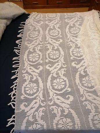 Coberta de cama feita a mao em crochet