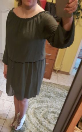 Sukienka luzna rozkloszowana zielen S