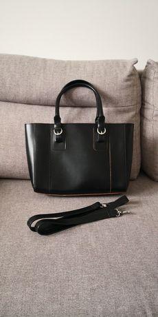 Czarna torba torebka Ochnik skóra licowa