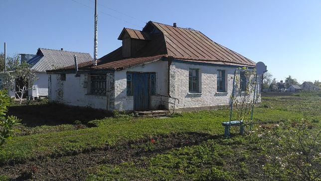 Продам дом с участком, с.Лука, Таращанский р-н, Киевская обл.