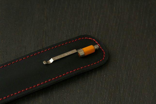 Пенал из кожи для ручки или карандаша