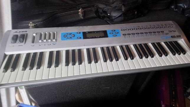 Syntezator keyboard ALESIS QS 6.2