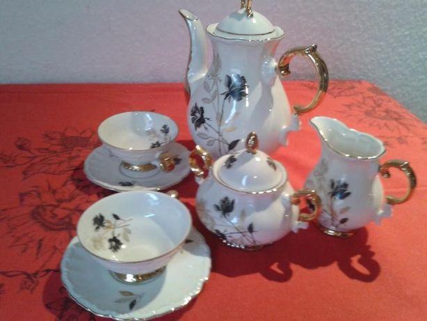Czarna róża porcelana garnitur i dwie filiżanki