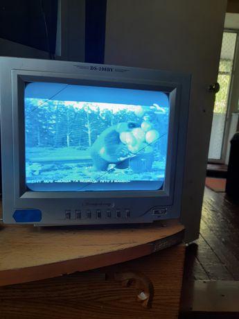 Телевизор для дачи маленький черно- белый
