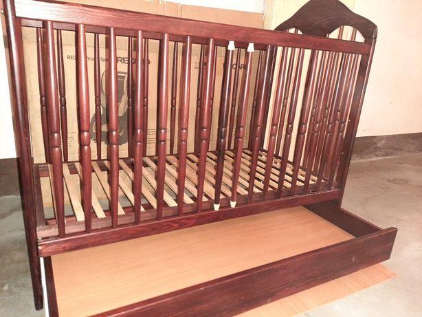 Łóżeczko dziecięce z szufladą kolor brązowy
