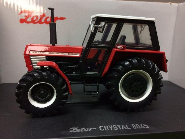 Ciągnik Zetor 8045 4WD Universal Hobbies 1:32 - nowy