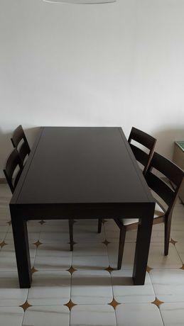 Mesa extensível de sala de jantar (240€) ou 8 cadeiras wengué (240€)