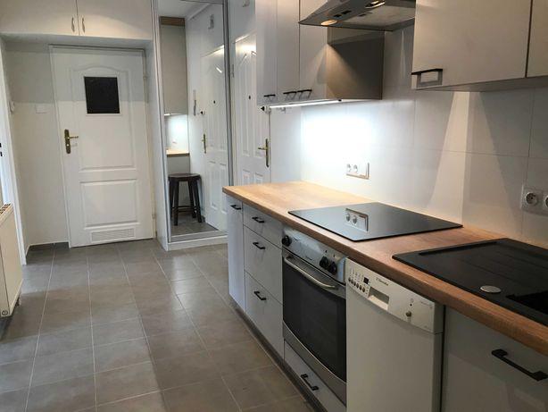 Dwa niezależna pokoje, osobna kuchnia, duży balkon, parking - Luboń