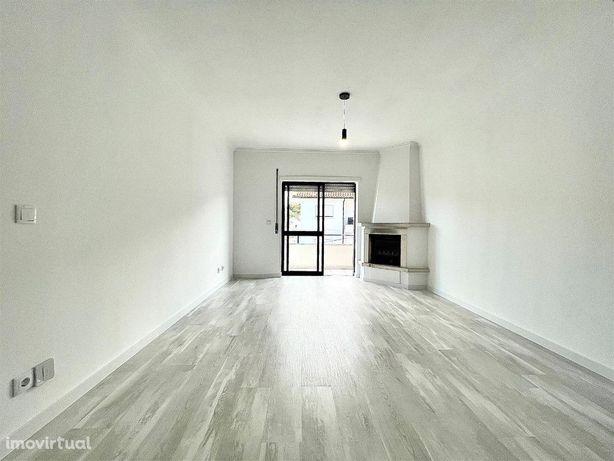 Apartamento T2+2+G