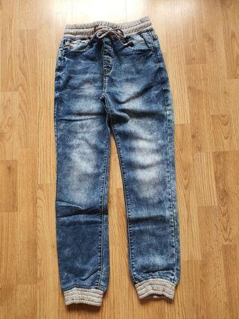 Spodnie jeansowe NOWE rozmiar 152